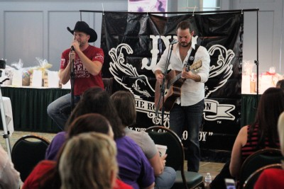 Jackson Young Performs in San Antoinio